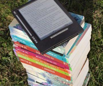【電子書籍のメリット・デメリット】本好きによる本好きのための電子書籍と紙の本の比較論! あなたはどちらを選ぶべき?