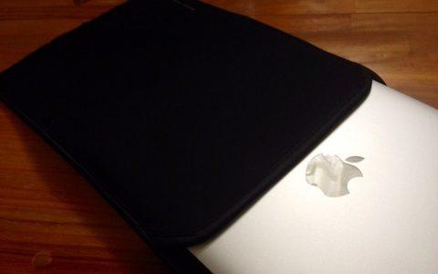 ドヤリング準備完了、MBA用ソフトケースを買いました。【MacBook Air】SANWA SPPLY MacBookAir用プロテクトスーツ
