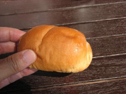 シロヤサニーパン