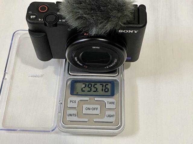 ZV-1の重さは実測で約295g