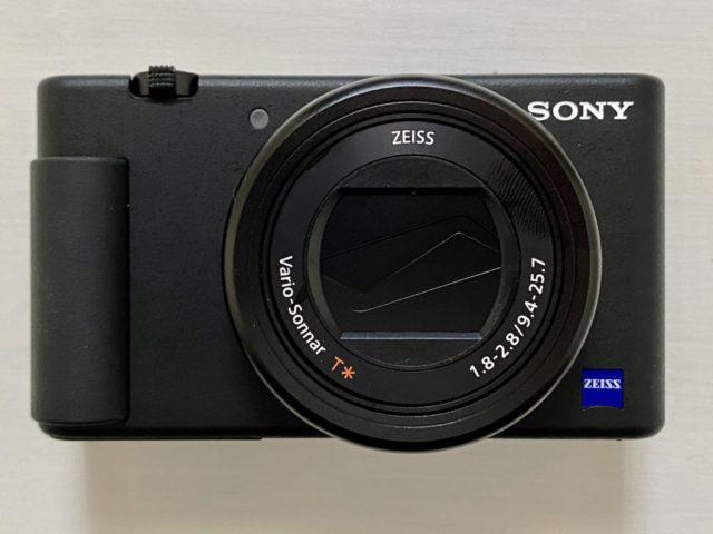ZV-1サイズは幅105.5x高60.0x奥行43.5 mm。