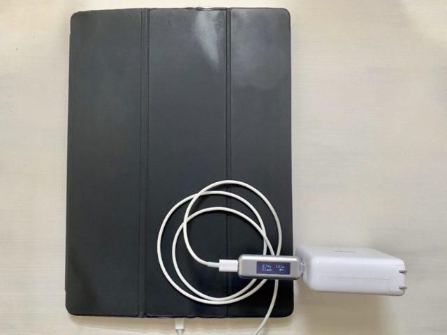 Anker PowerCore3 Fusion 5000でiPadProを充電