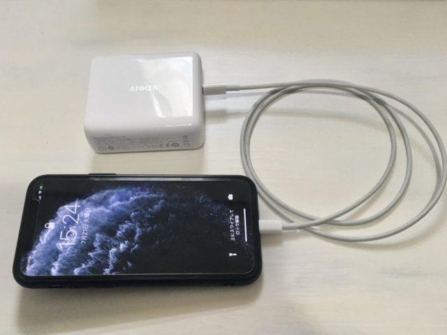 Anker PowerCore3 Fusion 5000でiPhone充電