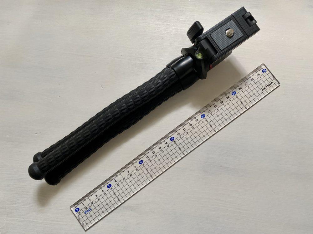 「Ulanzi フレキシブル三脚 MT-11」長さは30cm
